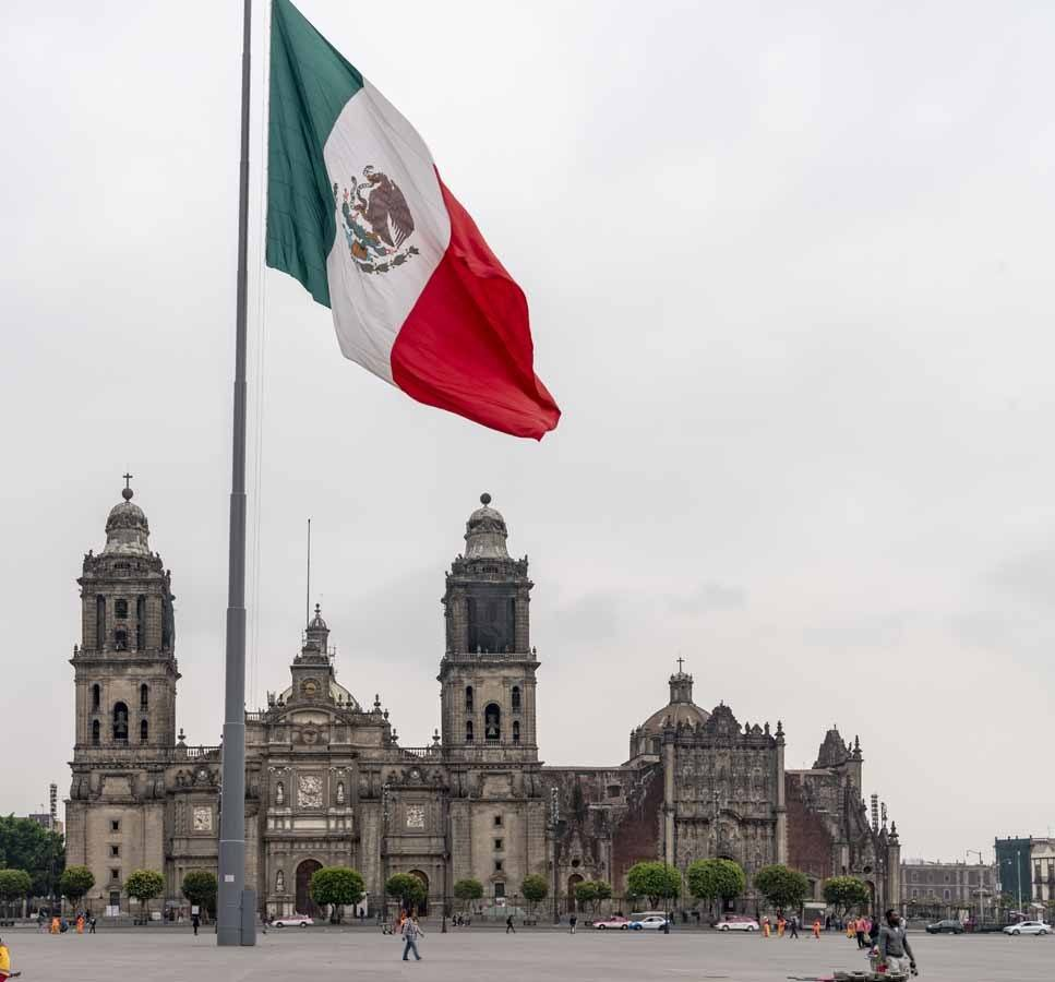 36 hours in mexico city zocalo
