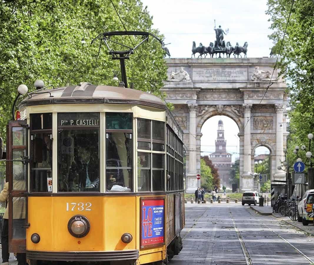 arco della pace tram 1