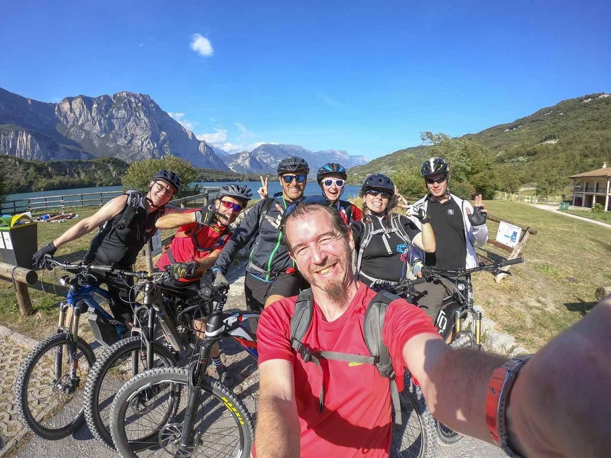 group selfie lake garda