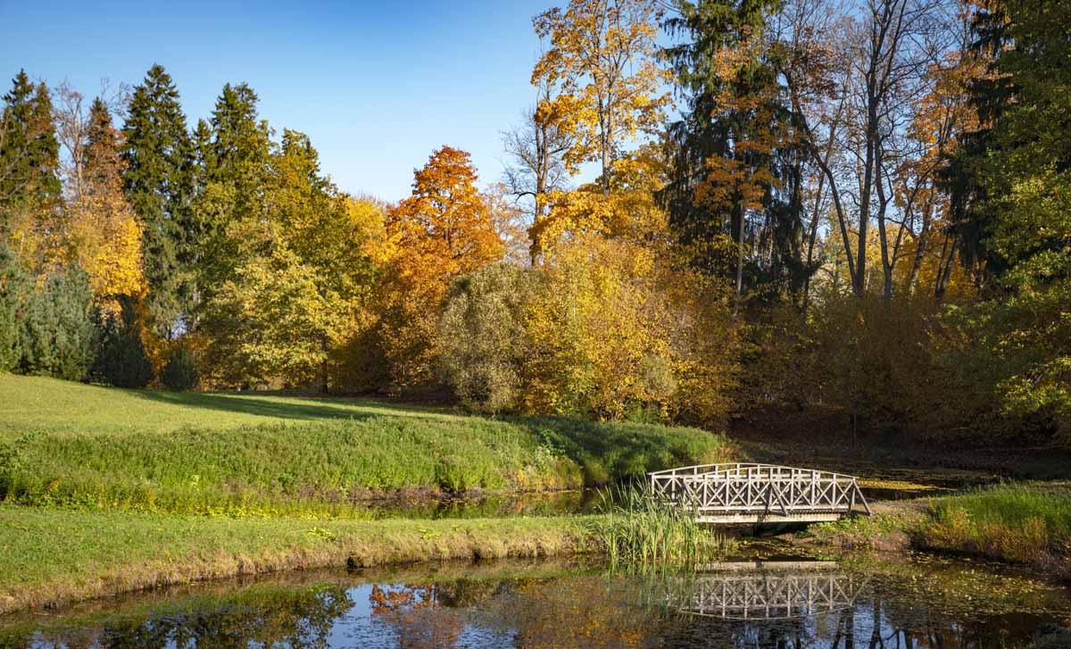 latvia autumn aluksne