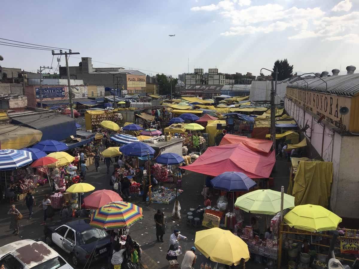 MercadoSonora non touristy mexico city