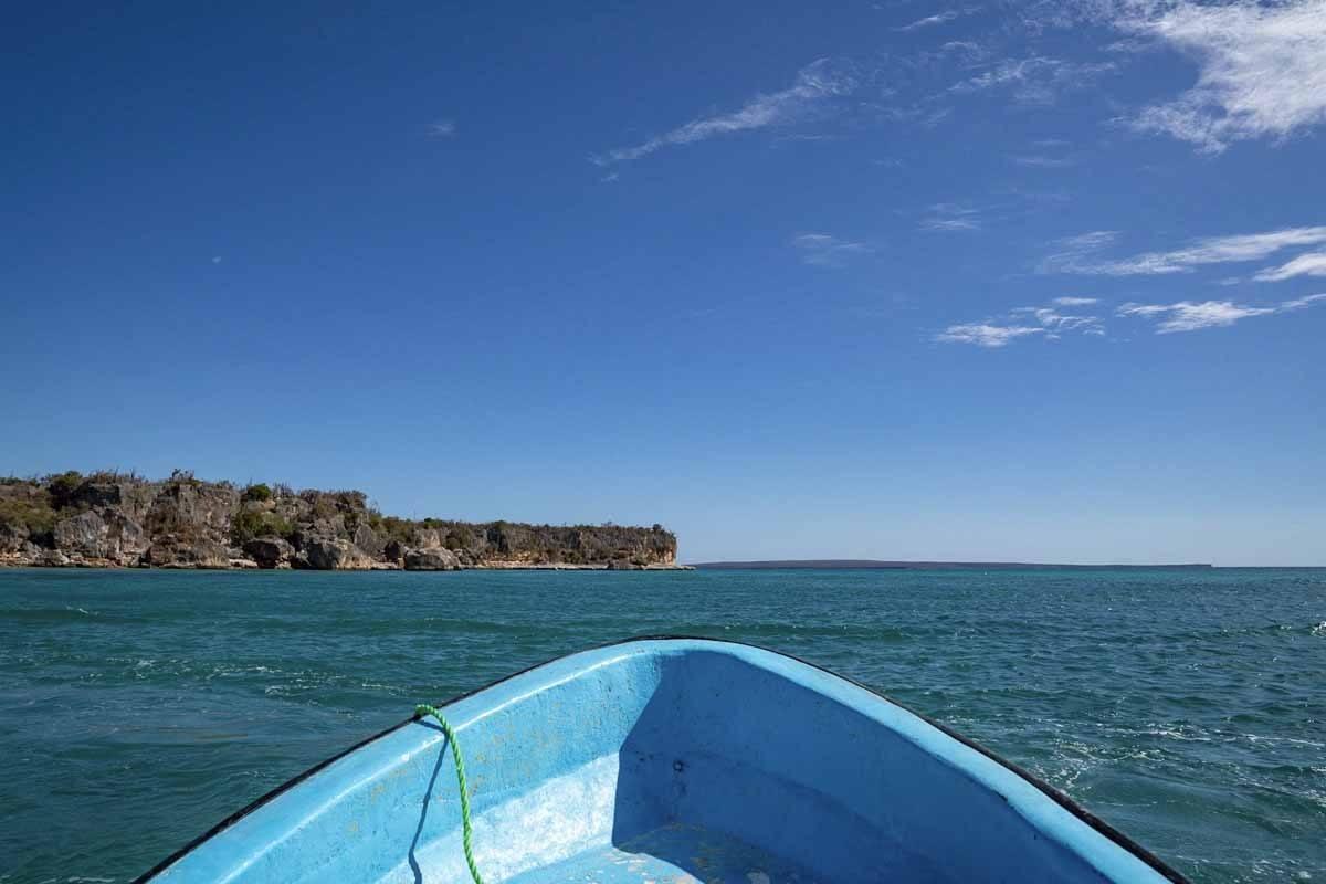 bahia de las aguilas boat