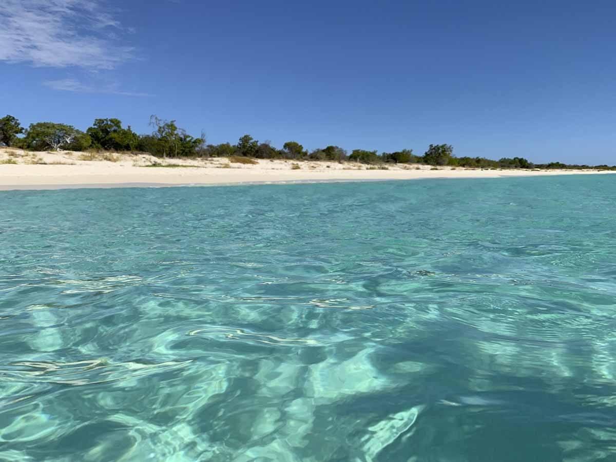 bahia de las aguilas clear water