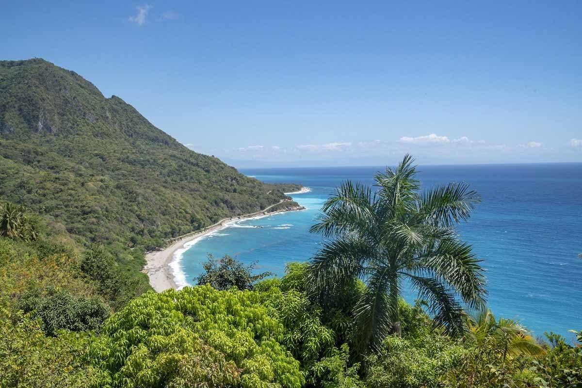 playa san rafael view