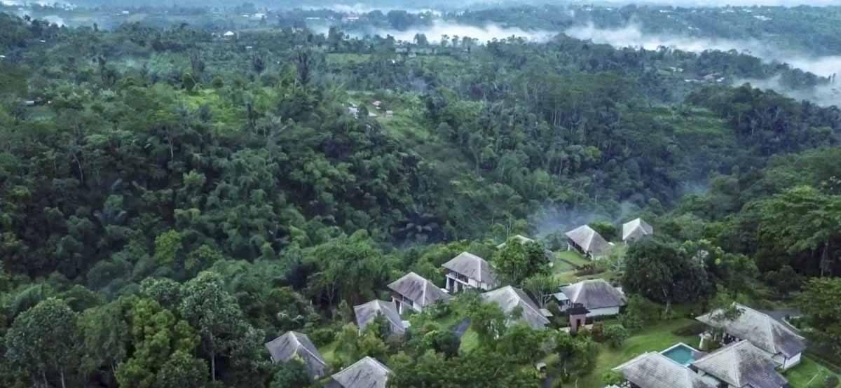 aerial bagus agro pelaga valley