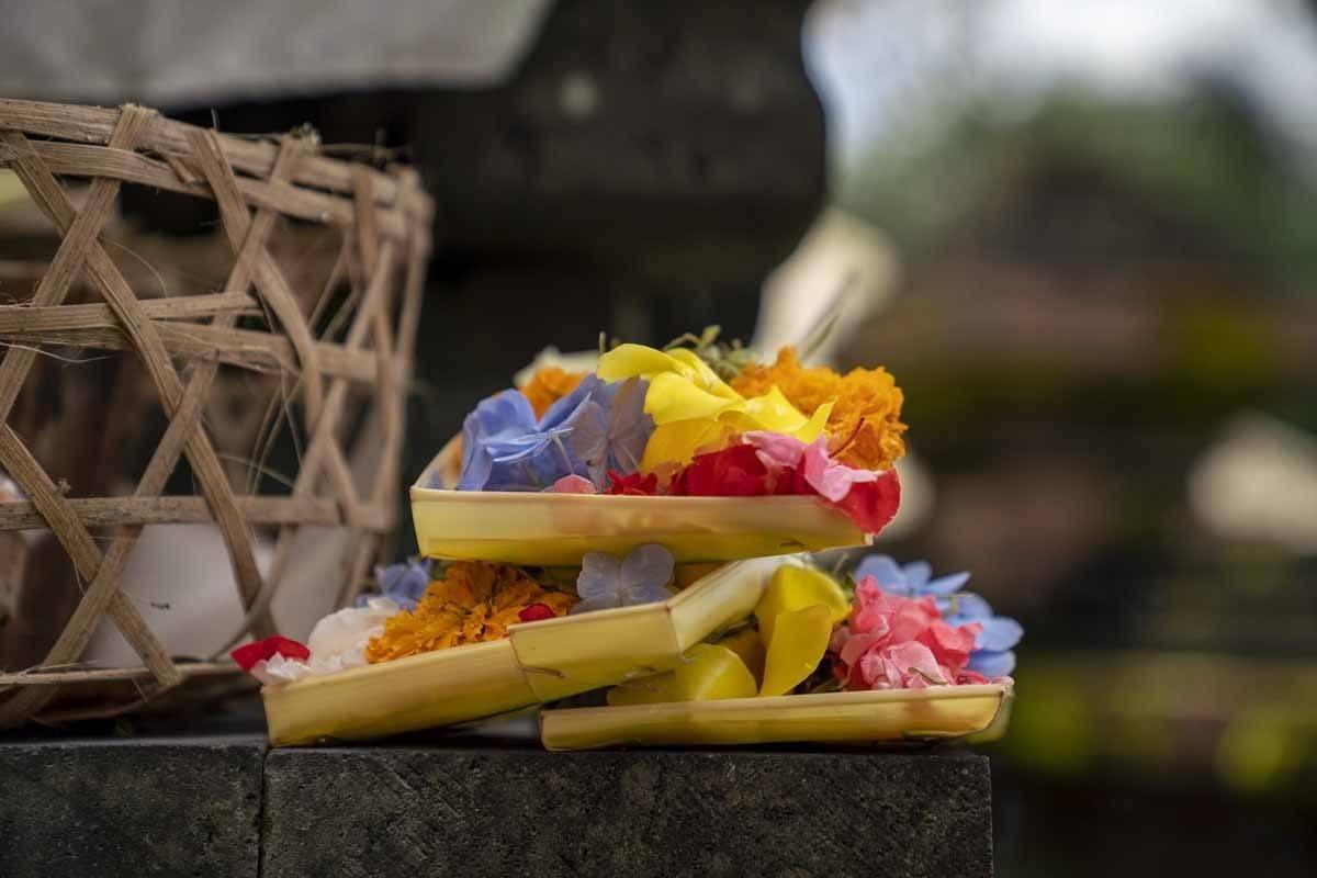 offerings bali canag sari
