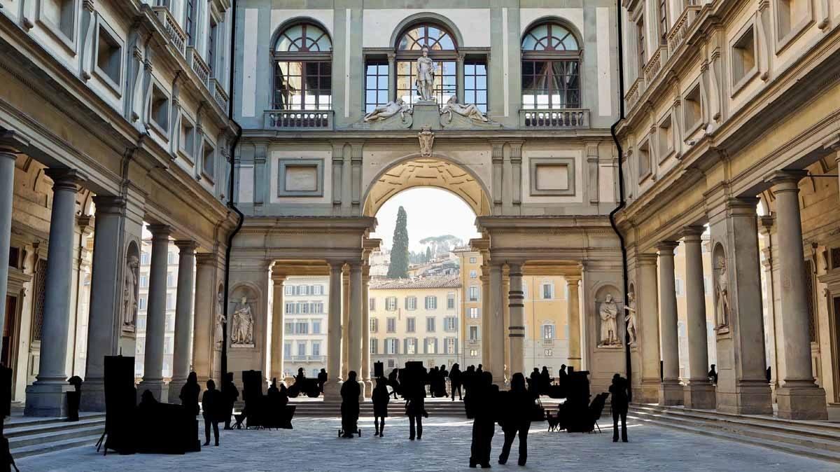 uffizi galleri silhouettes