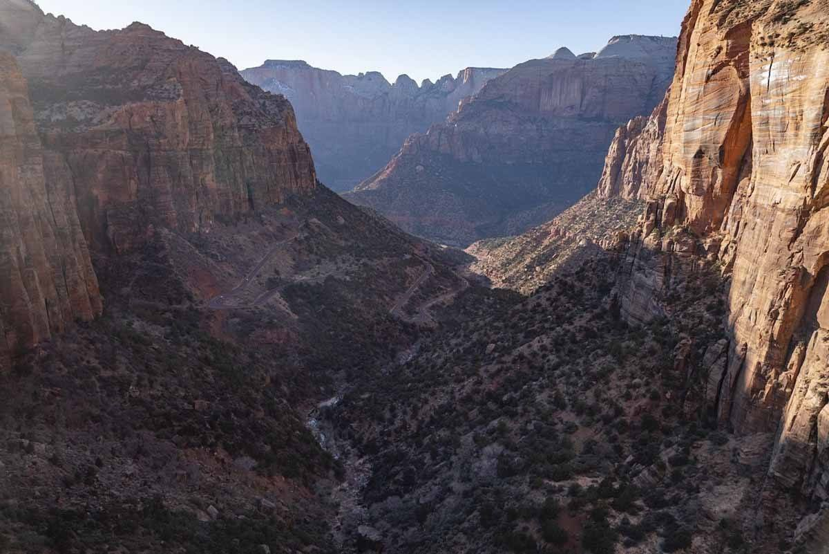 zion national park canyon overlook viewpoint