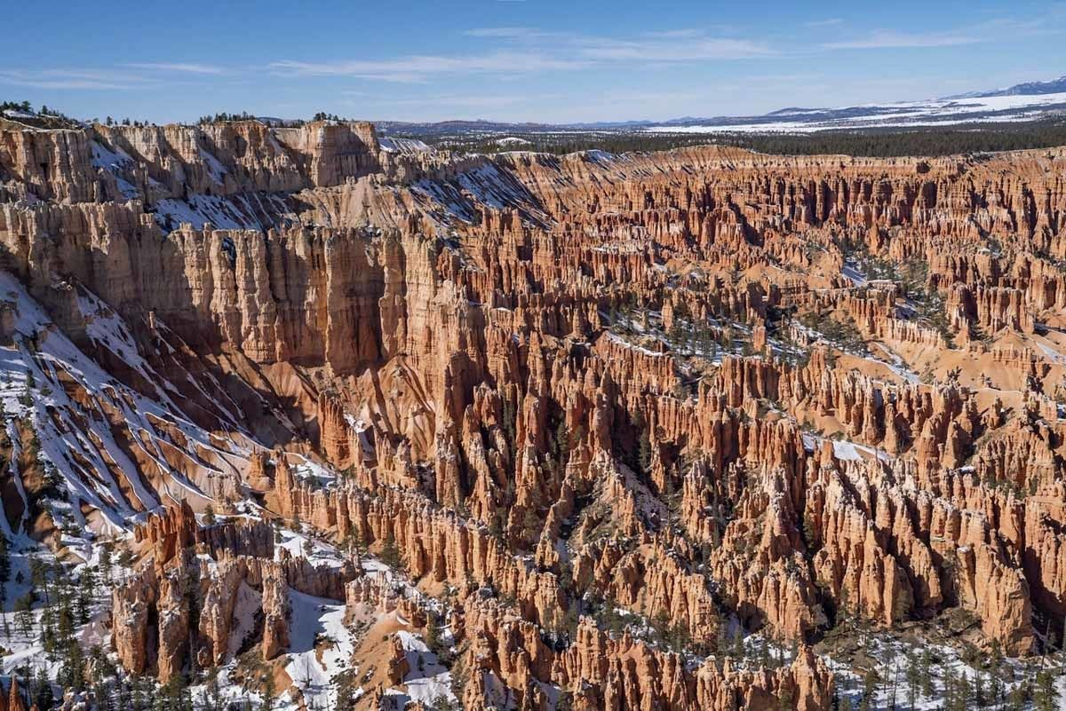 bryce amphitheater wide view