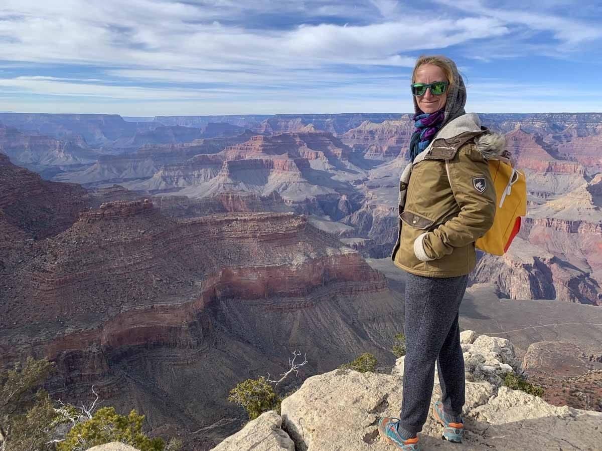 grand canyon view standing