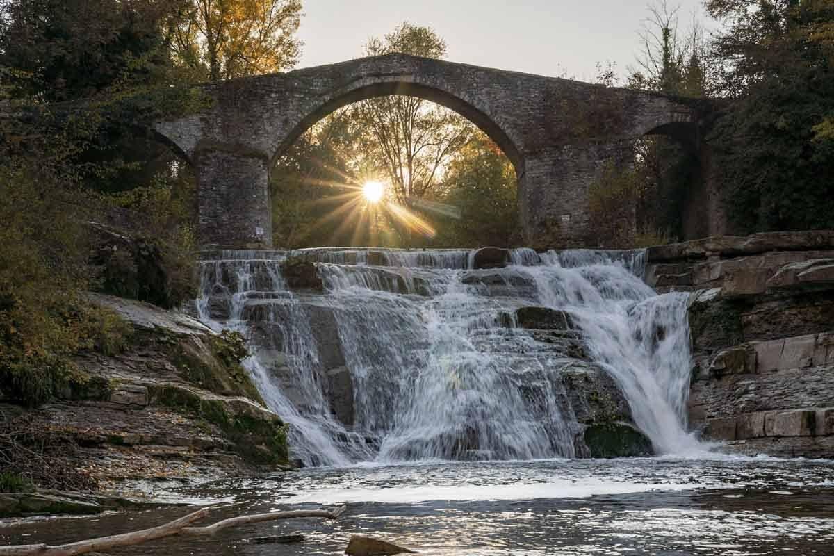 brusia a bocconi waterfall