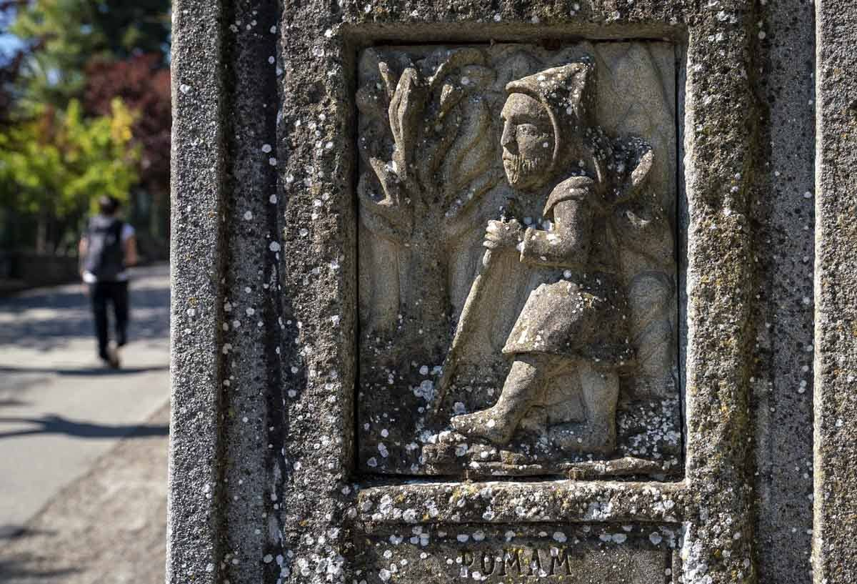 pilgrim sign via francigena